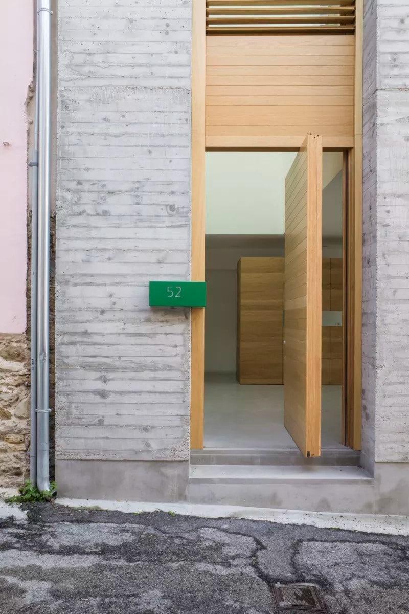 Lucio Rosato - Una casa tra le case
